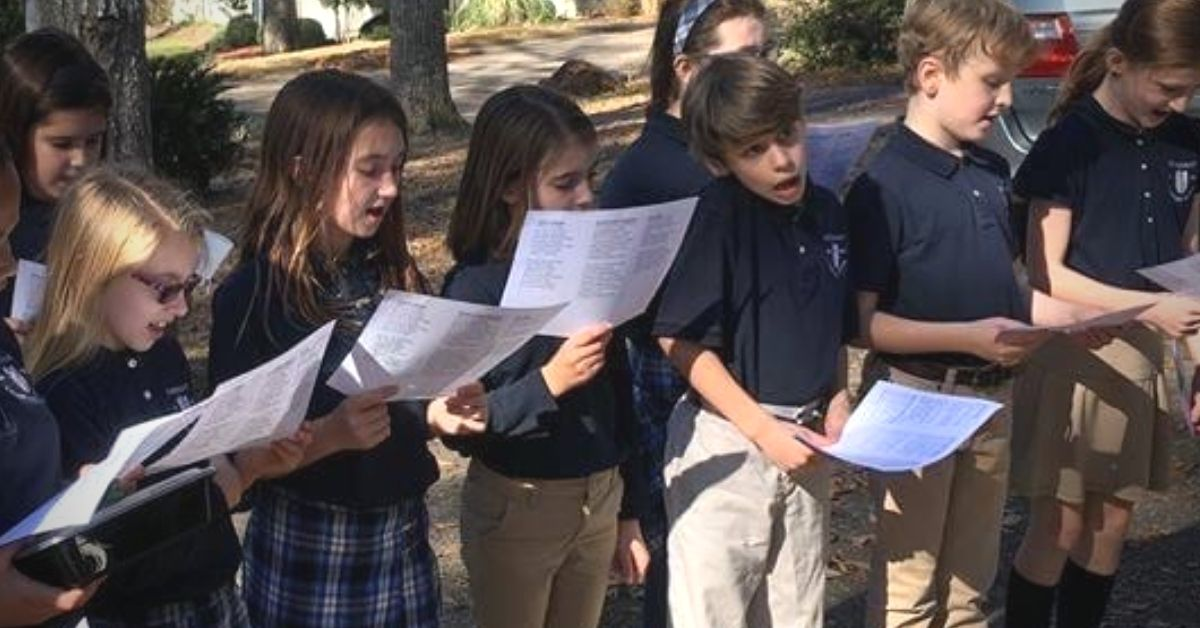 Troy elementary school students singing Christmas carols